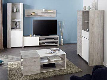 Een complete goedkope woonkamer